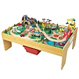 KidKraft 18025 Adventure Town Holzeisenbahn-Set & Spieltisch für Kinder mit EZ Kraft Assembly™ und 120 Spielteilen