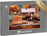 """puzzleYOU: Puzzle 48 Teile """"Lebkuchen, Süßigkeiten und Nüsse am Weihnachtsmarktstand in Berlin"""""""