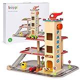 boppi – Spielzeug Auto Parkgarage. Parkhaus für Kinder inkl. 2 Autos und Hubschrauber, Verkehrszeichen, Tanksäule und 3-stöckigem Lift aus Holz.