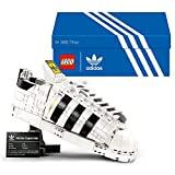 LEGO 10282 Adidas Originals Superstar Sportschuh Modellbauset für Erwachsene, Sammlerstück zum Ausstellen, Geschenkidee für sie und ihn