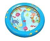 Musik für Kleine Meerestrommel Musikspielzeug für Kleinkinder und Babys ab 1 Jahr - 18 cm Durchmesser mit Fischapplikationen auch geeignet als Rassel, blau