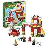 LEGO 10903 DUPLO Feuerwehrwache mit Feuerwehrauto und 2 Feuerwehrmann-Figuren, Licht & Geräusche, Spielzeug für Kinder im Alter von 2 bis 5 Jahren